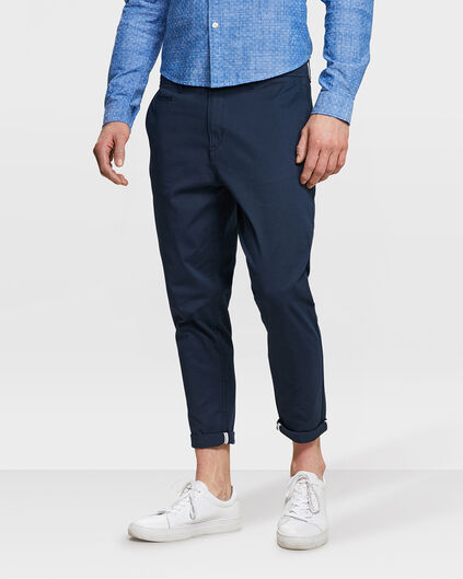 HERREN-CHINOHOSE IM REGULAR-FIT Marineblau