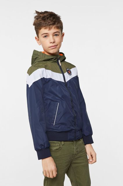 Jungen-Windjacke in Colourblock-Optik Armeegrün