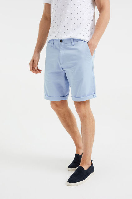 Herren-Regular-Fit-Chinoshorts Hellblau